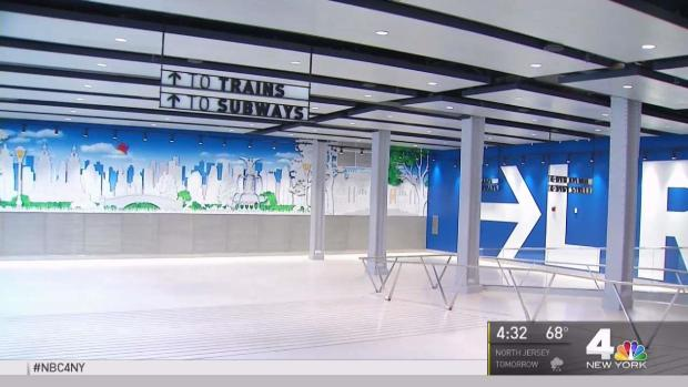 [NY] Commuters Rave About New Penn Station Concourse