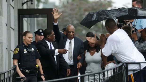 Judge Declares Mistrial in Cosby Case
