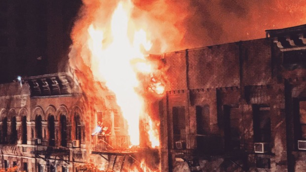 [NY] 1 Man Dead, 16 People Injured as Fire Overtakes Apartment Buildings on the Upper East Side