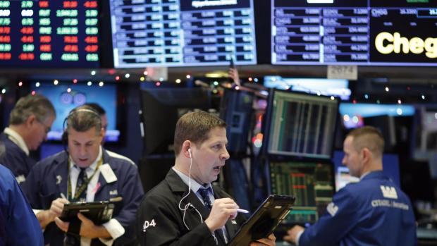[NY-NATL] Dow Falls More Than 1,100 Points In Historic Selloff