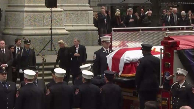 [NY] Farewell to Fallen FDNY Hero