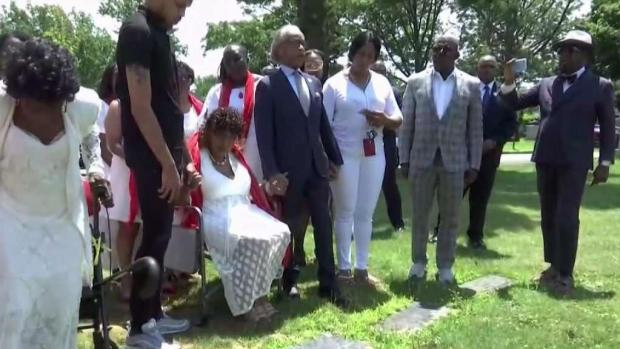 [NY] Family Holds Service for Eric Garner 5 Years After His Death