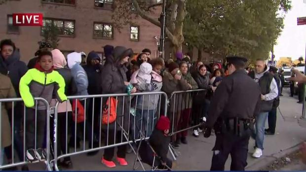 [NY] Fans Wait as Cardi B Expected to Give Away Coats