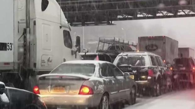 Few Inches of Snow Completely Cripples Tri-State Traffic