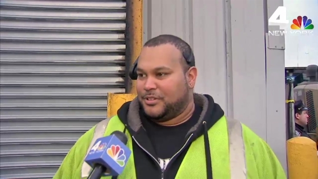 [NY] Workers Discover Woman's Torso, Leg in Trash