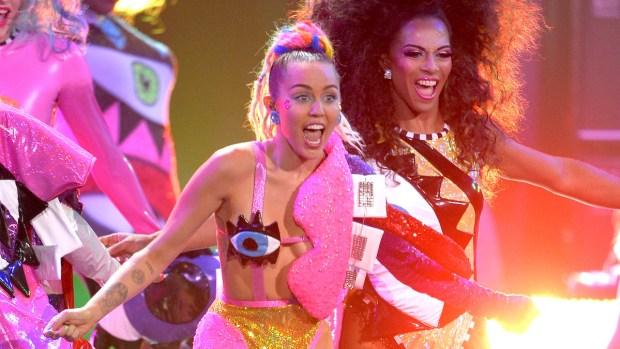 [NATL] Miley Cyrus' Wacky MTV Video Music Awards Outfits