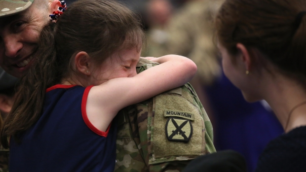 [NATL] Soldiers Welcomed Home After 9-Month Deployment in Iraq
