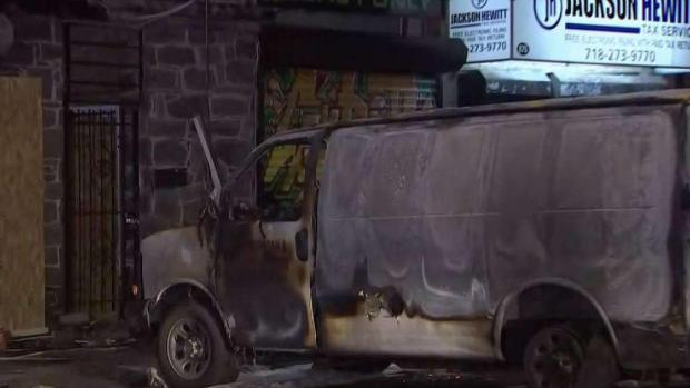 [NY] Man Injured in Intentional Fiery Crash on Staten Island