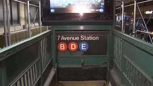 [NY] Mom Holding Baby in Stroller Dies in Subway Stair Fall: NYPD