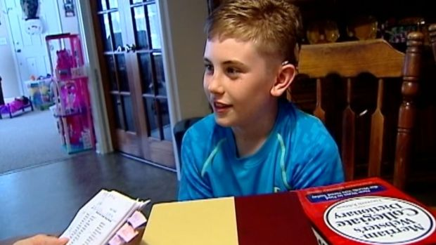 [NATL] 11-Year-Old Born Deaf Among Nation's Top Spellers