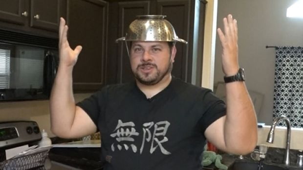 [NY] Pastafarian Fights for Right to Wear Colander in License Photo