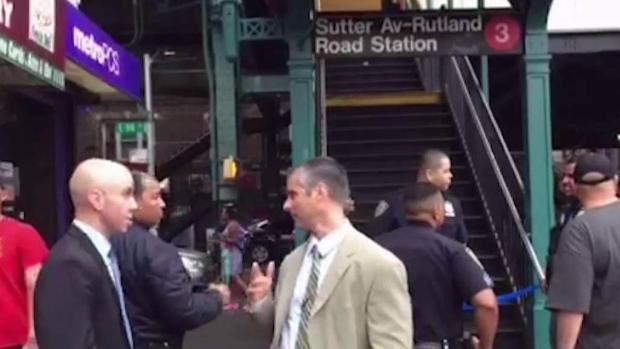 [NY] Off-Duty MTA Worker Shot on Subway in Brooklyn: Cops