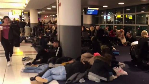 [NY] Passengers Describe Nightmare Delays at JFK