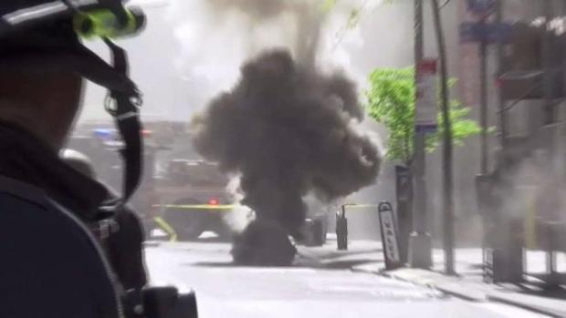 [NY] Power Still Out After Manhattan Manhole Fires
