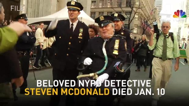 [NY] New Yorkers Line the Streets for Det. Steven McDonald