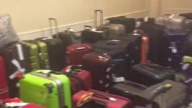 [NY] Some Luggage From JFK Being Stored in Nearby Hotel: Worker