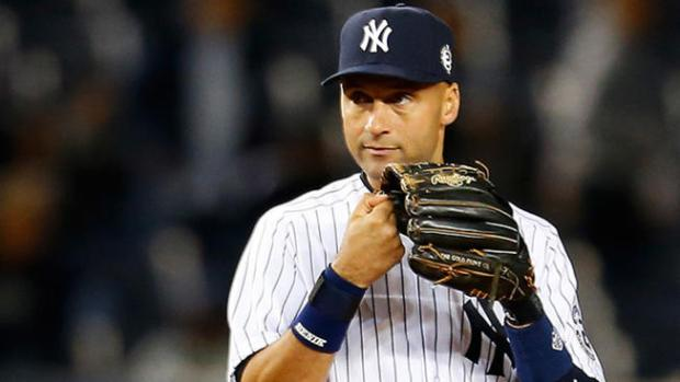 Jeter's No. 2 retired in emotional Yankees ceremony
