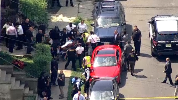[NY] Cop Shot in NJ, Suspect in Custody: Sources