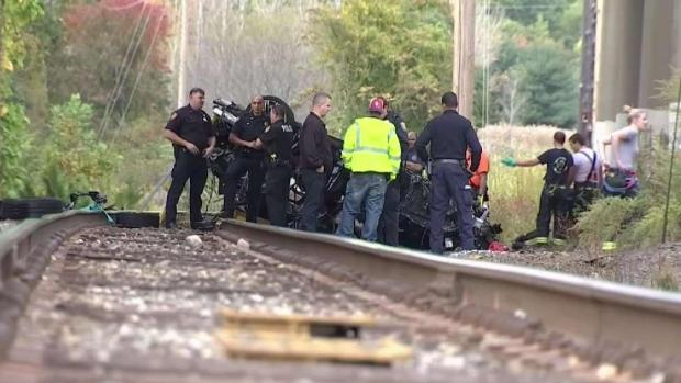 [NY] Two Killed in Fiery Crash Off Overpass ID'd as Teens