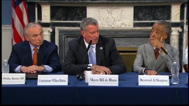 Mayor Hosts Reform Talk After Man Dies in Police Custody
