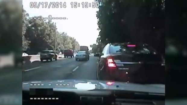 [NY] Cop Saves Driver Choking on Highway: NYPD