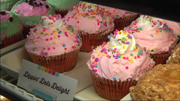 [NY] Crumbs Cupcakes Reopens in Midtown Manhattan
