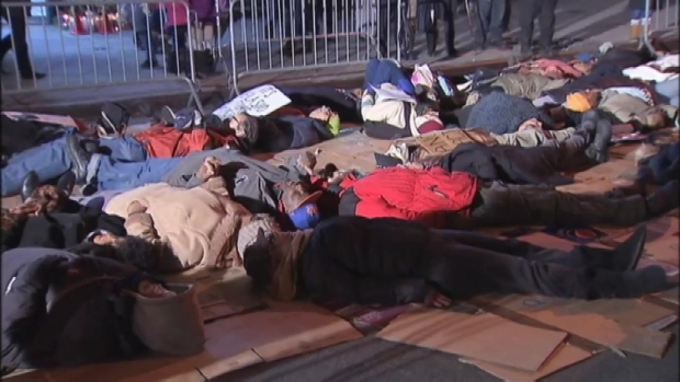 "[NY] Eric Garner's Daughter Stages ""Die-in"" on Staten Island"