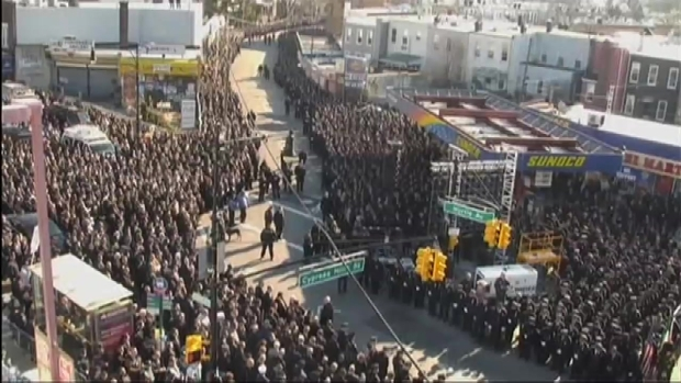 [NY] Sea of Blue Outside Funeral for Officer Ramos