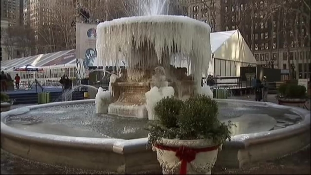 [NY] WATCH: Frozen Bryant Park Fountain