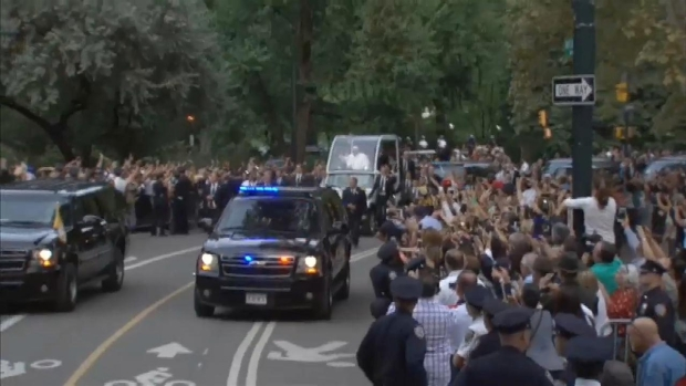 [NATL-NY] Pope Rides Through Central Park