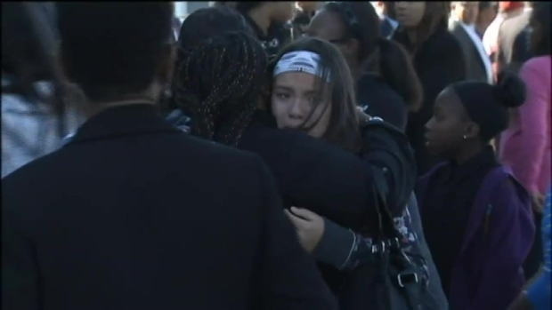 [NY] 'Where Are You Safe?' 12-Year-Old Girl Killed by Stray Bullet in Home Mourned at Funeral