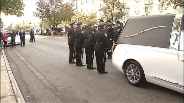 [NY] Dramatic Procession as Officer Holder's Casket Arrives at Funeral Home for Wake