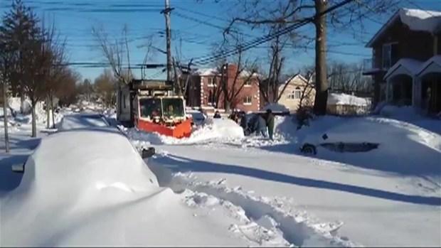 Snow Plow Stuck on Queens Street
