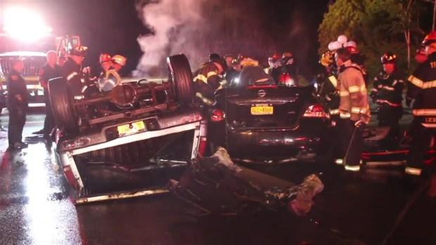 [NY] 4 Killed, 2 Injured in Long Island Head-on Crash