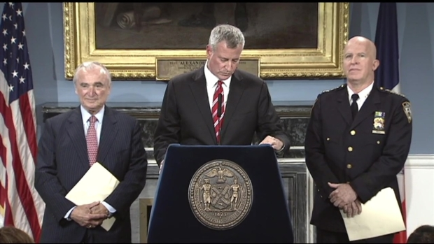 [NY] De Blasio Lauds Bratton's Contributions to NYC