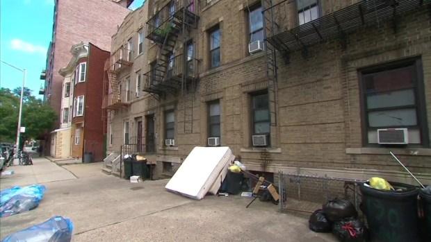 [NY] Bratton Defends Broken Windows