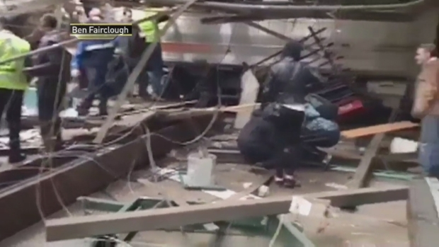 [NY] Witnesses Describe Chaos After NJ Transit Crash