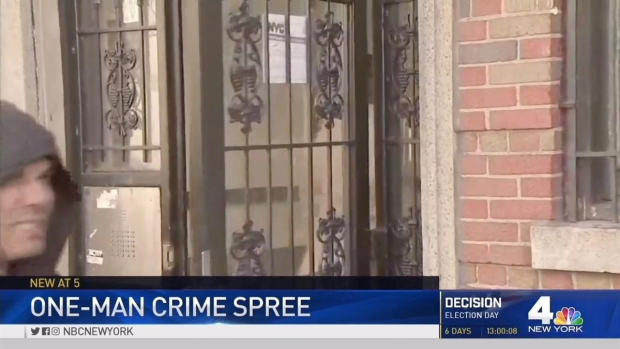 [NY] Robbery, Sex Assault Suspect Walks Past Cops at Crime Scene