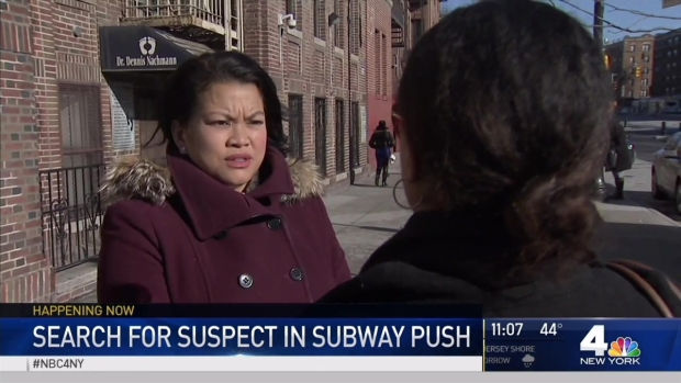 [NY] Witnesses Describe Moment Man Pushed Onto Subway Tracks in Bronx