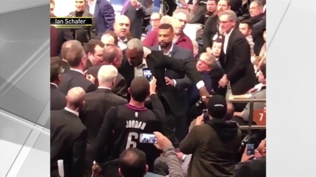 [NY] Former Knick Charles Oakley Ejected After Fight at MSG Seats