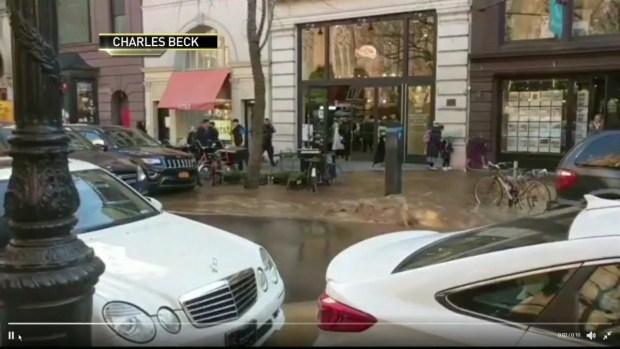 [NY] Water Main Break Floods Brooklyn Streets, Subway