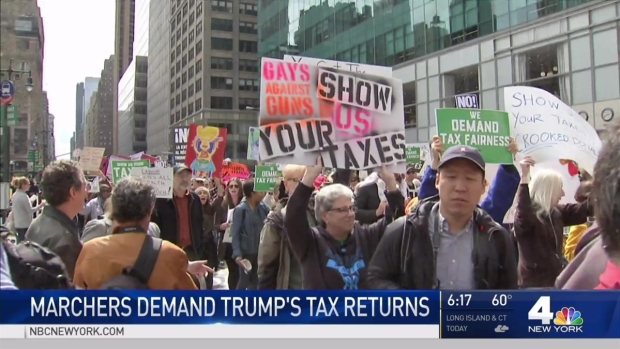 [NY] Thousands March in NYC to Demand President Trump's Tax Returns