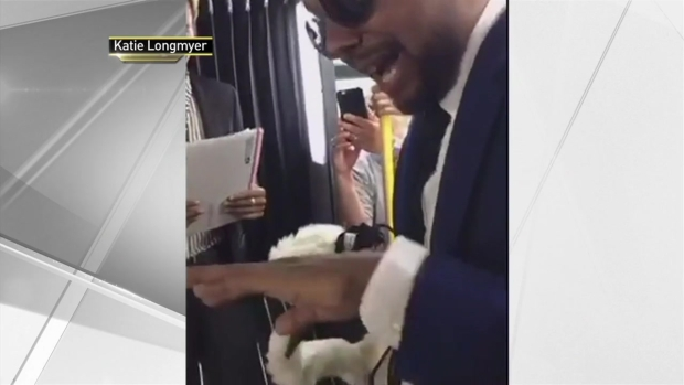 [NY] Couple Who Met on NYC Bus 13 Years Ago Get Married on One