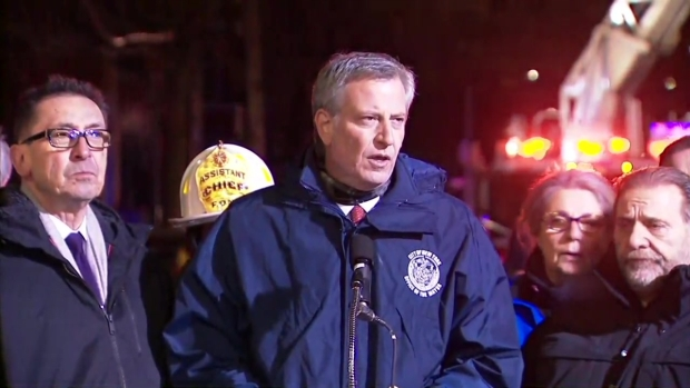 [NY] Mayor de Blasio Gives Updates on Fire Near Bronx Zoo