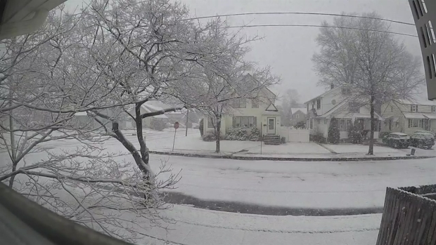 Time Lapse: No Snow to Winter Wonderland in 20 Seconds