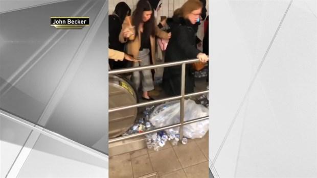 [NY] Trash on Subway Escalator Nearly Causes Human Pile-Up