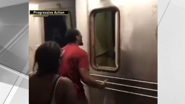 [NY] Angry Subway Passengers Attack Conductor