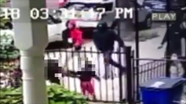 [NY] Dad Walking With Toddler Daughter Swarmed, Shot by Group of Men on NYC Street