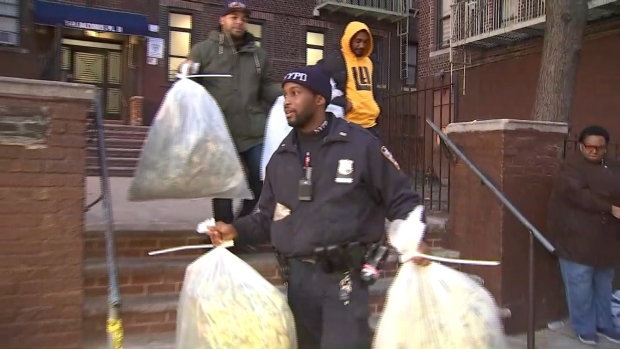 [NY] Cops Carry Bags of Marijuana Out of Suspected Growhouse