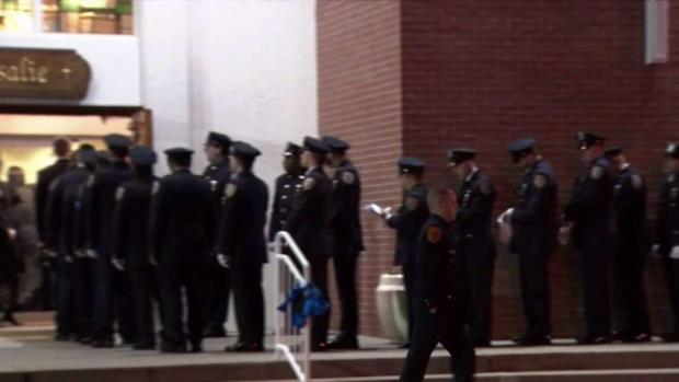 [NY] Wake Begins for NYPD Detective Killed in Robbery